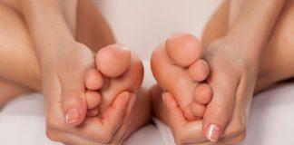 Comment soulager les pieds qui chauffent